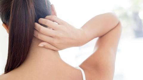 dandruff vs seborrheic dermatitis