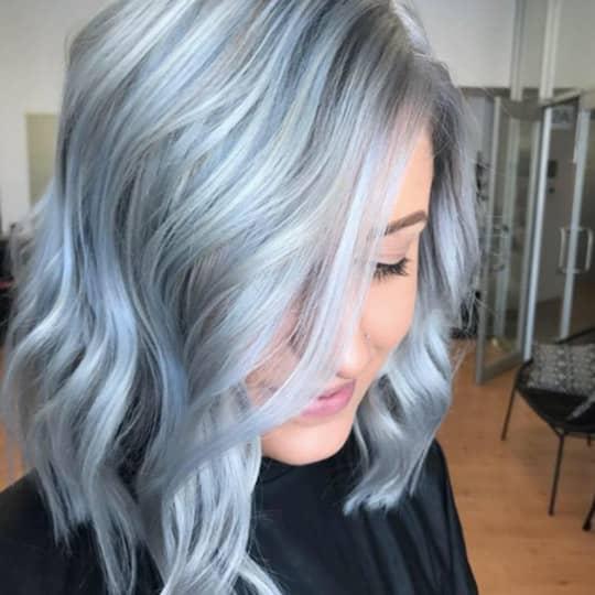 photo of asymmetrcial lob hairstyle