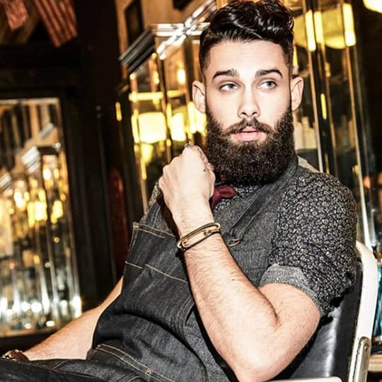 photo of man with lumberjack hairstyle