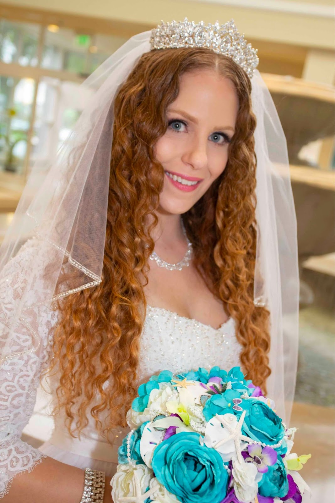 Writer Diance Mary embraces natural curly hair on her wedding day.