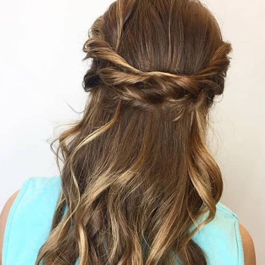 19 Beautiful Half Up Hairstyle Ideas To Recreate In 2021 Hair Com By L Oreal