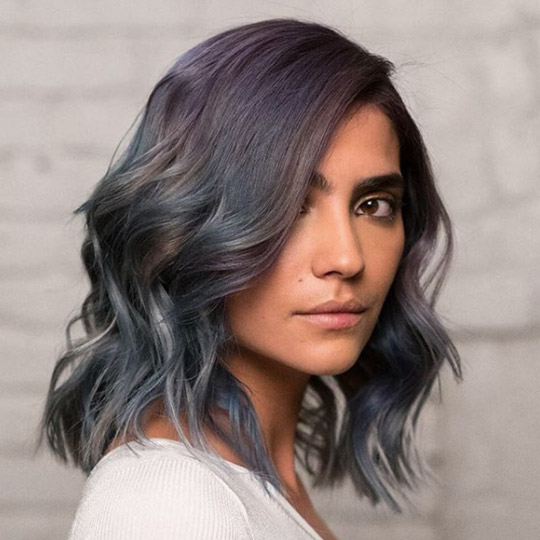 photo of deep side part hairstyle