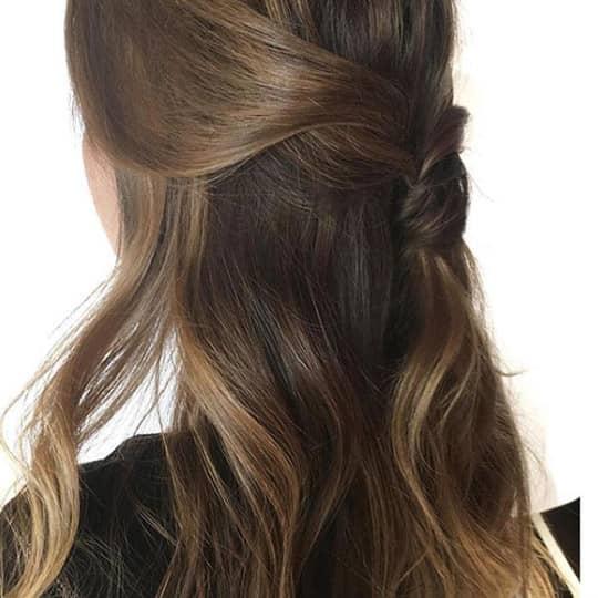 french girl hair half updo
