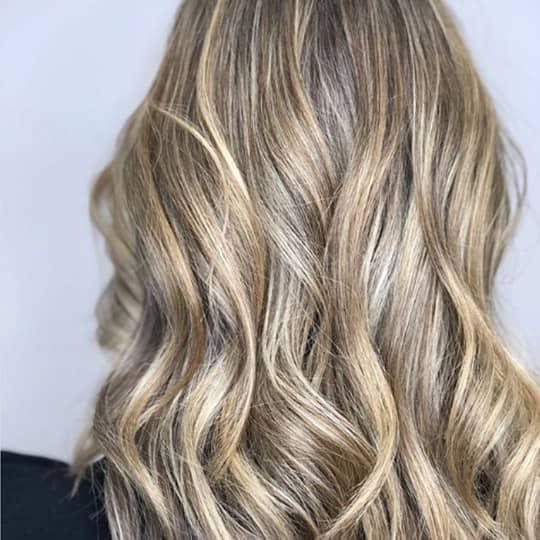 photo of hair using strandlighting technique