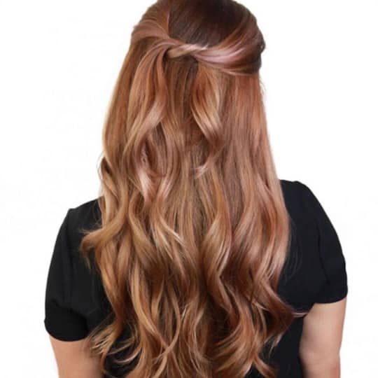 Women with rose gold hair color ideas for 2021