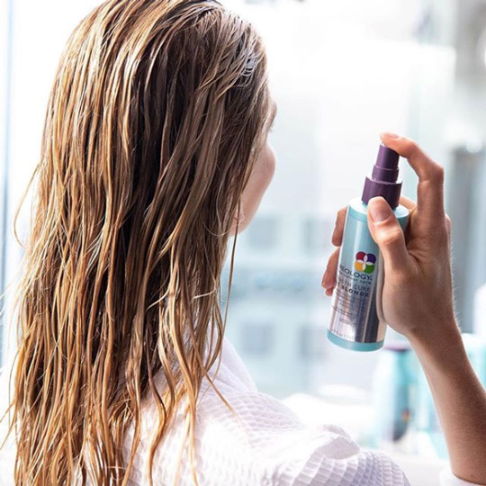 damaged hair getting spray treatment