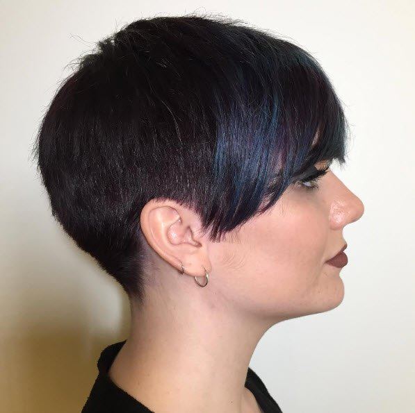 13 Of The Trendiest Pixie Haircuts And Styles For 2021 Hair Com By L Oreal