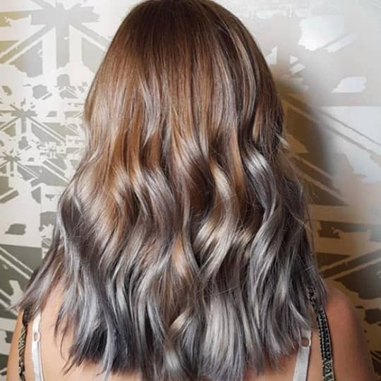 photo of hair with gray lowlights