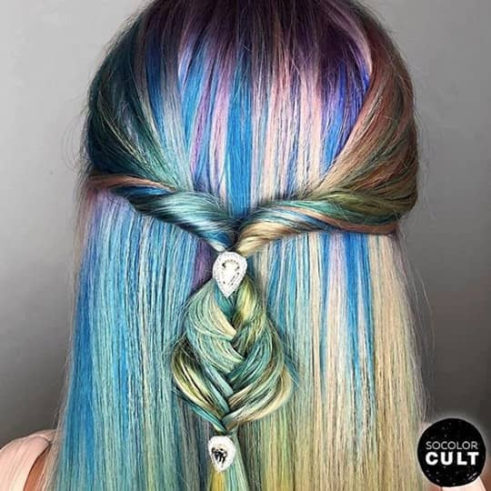 Twisty Fishtail hairstyle