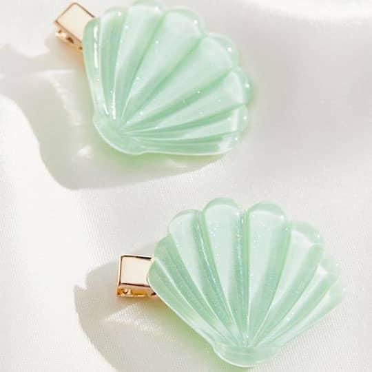 blue seashell hair clips