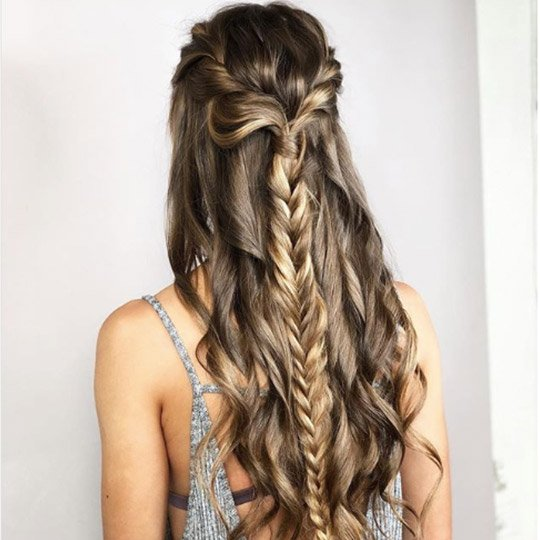 festival hairstyles twisted fishtail